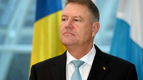 """Klaus Iohannis, """"destul de sceptic"""" despre șansele moțiunii de cenzură susținute de PSD și UDMR. Argumentele Președintelui României"""