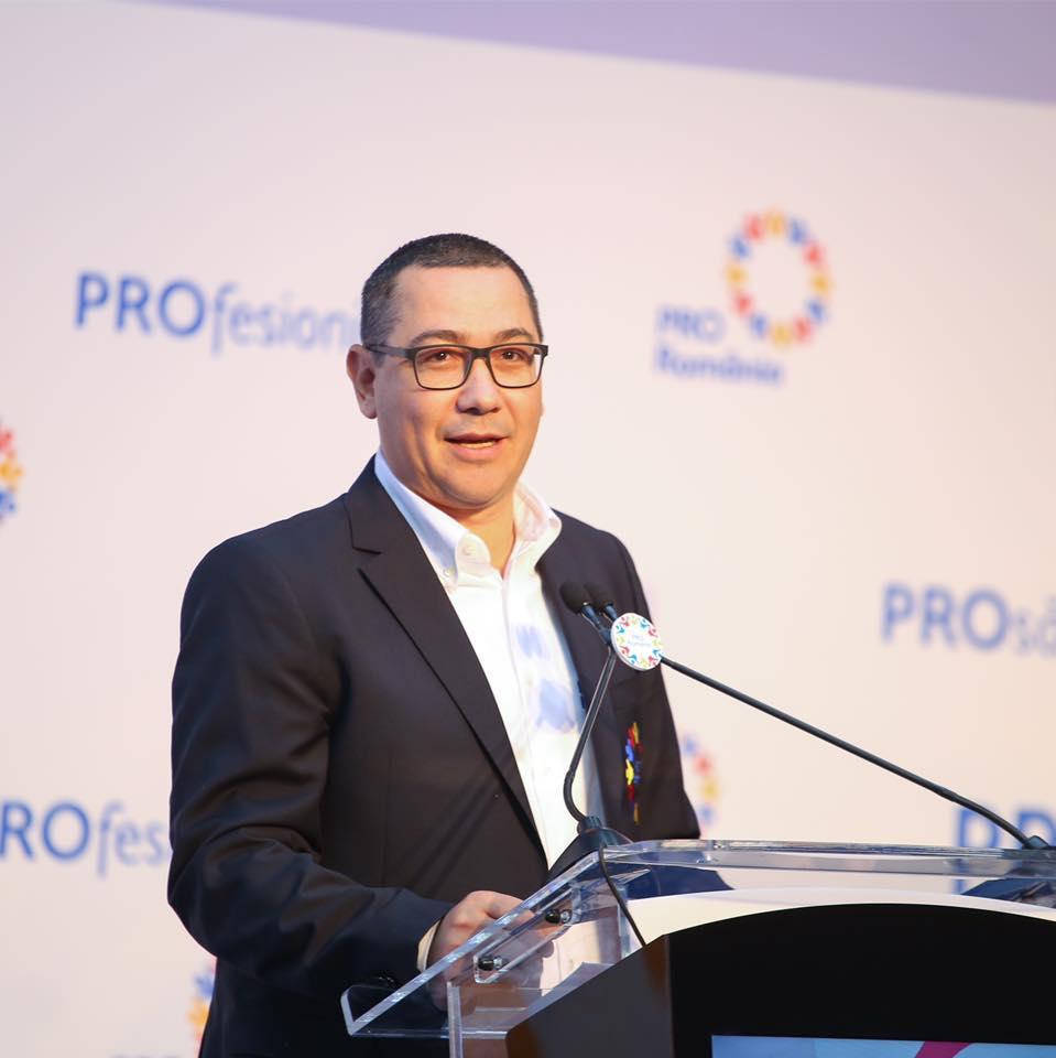 Victor Ponta explică de ce a fost huiduit Klaus Iohannis la Iași