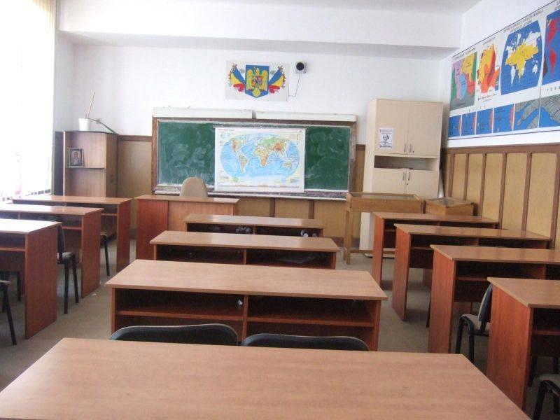 Elevii nu se mai întorc la școală până în septembrie. Sunt exceptați cei din anii terminali. Care sunt condițiile