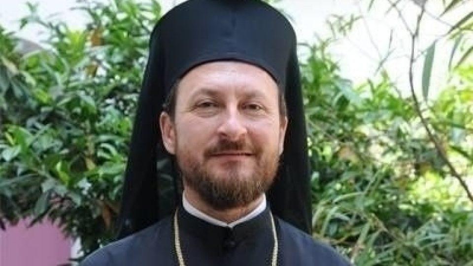 Fostul episcop al Hușilor a fost reținut sub acuzația de viol