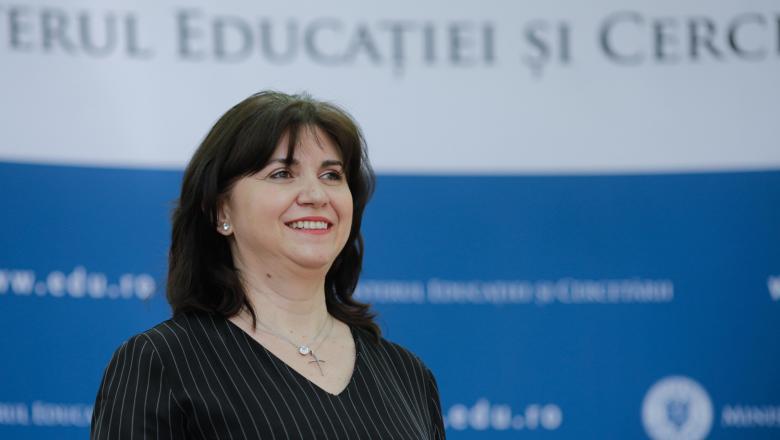 Invătământul online va fi reglementat printr-o ordonanță de urgență