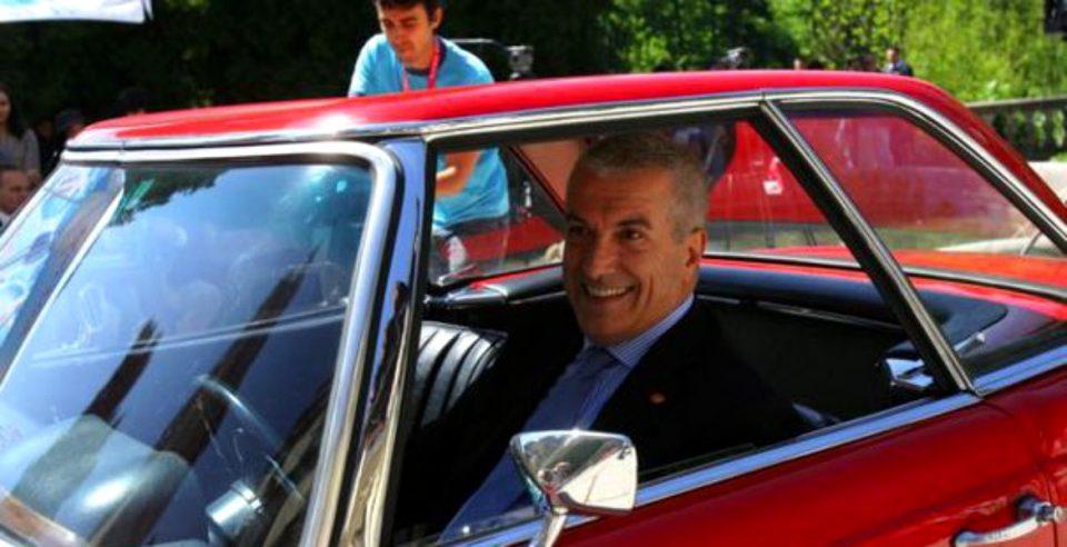 Tăriceanu a găsit soluția traficului haotic din București.