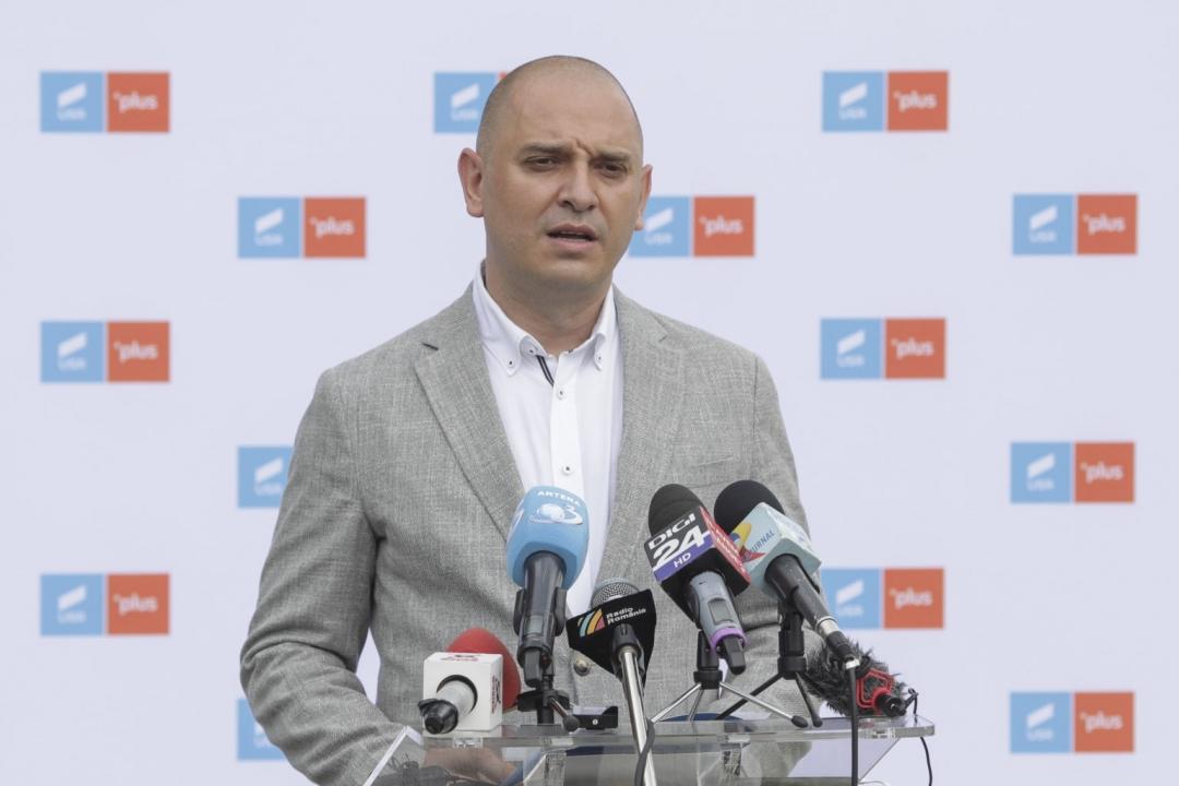 Radu Mihaiu, candidatul USR-Plus susținut de PNL